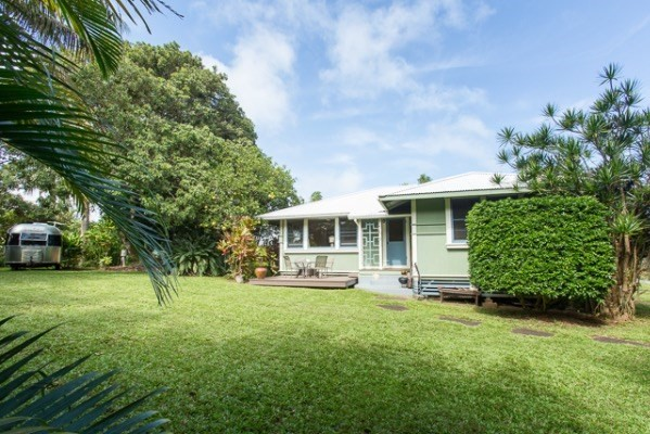 renovated plantation home for sale in Kapaau