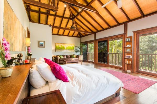 Master-Bedroom.jpg_high_2189128